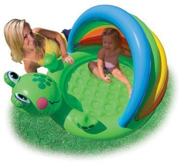 בריכת שחייה לתינוקות