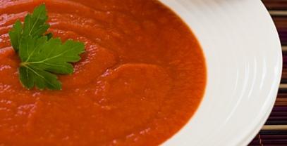 מרק עגבניות ופלפלים